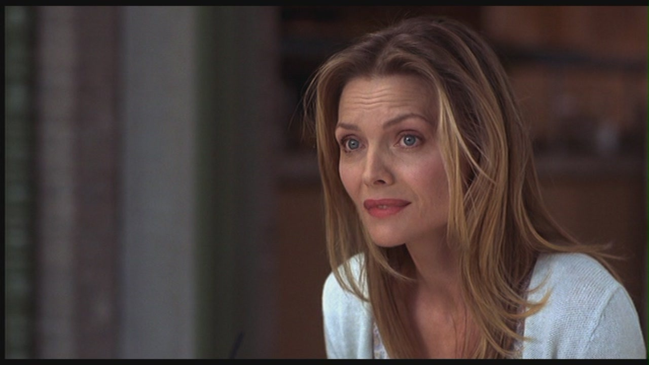 http://fr.fanpop.com/clubs/michelle-pfeiffer/images/26475721/title/michelle-pfeiffer-story-screencap