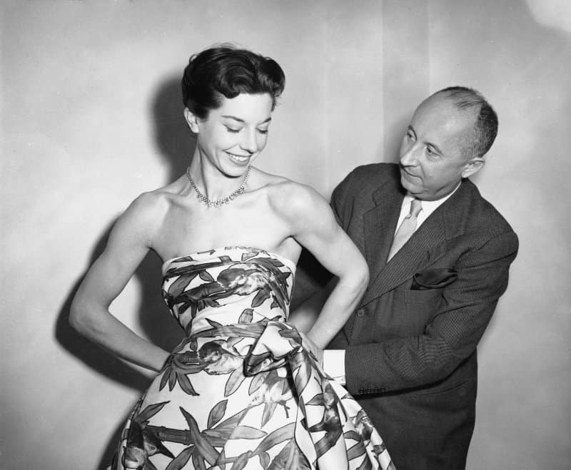 https://www.discoverwalks.com/blog/top-5-fun-facts-about-dior/