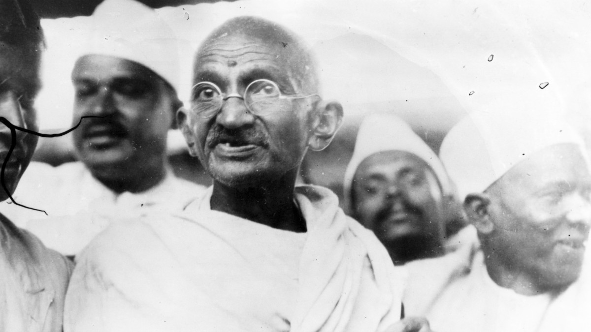 https://www.biography.com/activist/mahatma-gandhi