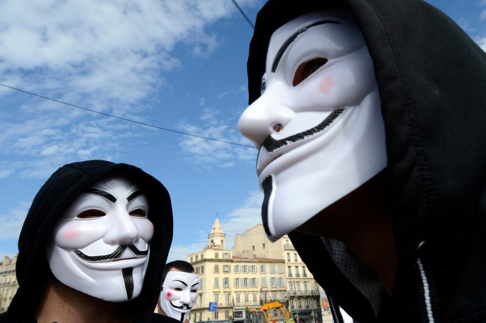 https://www.independent.co.uk/news/uk/home-news/anonymous-how-guy-fawkes-mask-became-icon-protest-movement-a6720831.html